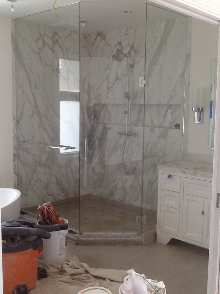 Starphire glass shower enclosure mounted to ceiling and for Floor to ceiling glass panels