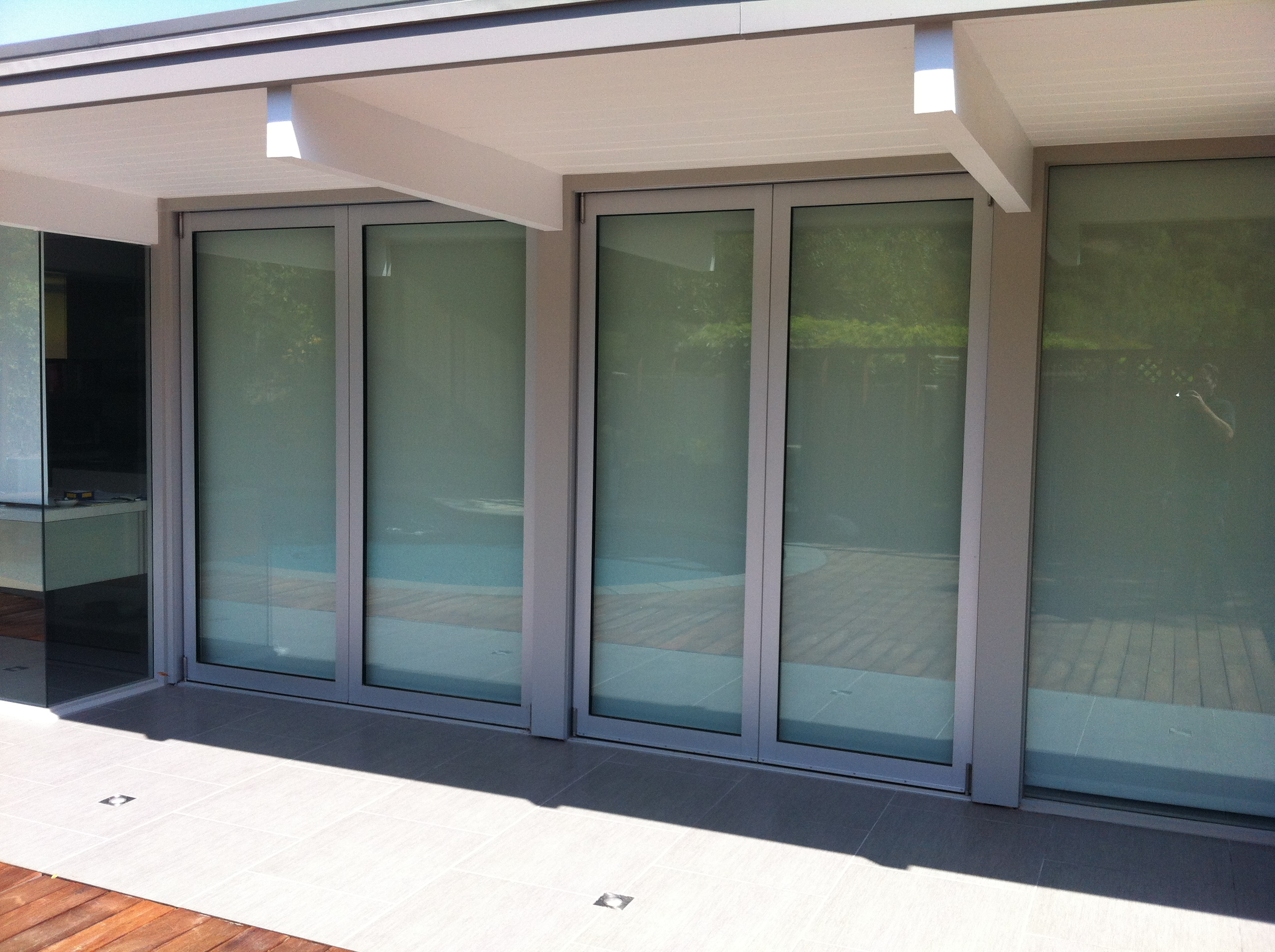 fleetwood clear anodized aluminum terrace 3600 bifold
