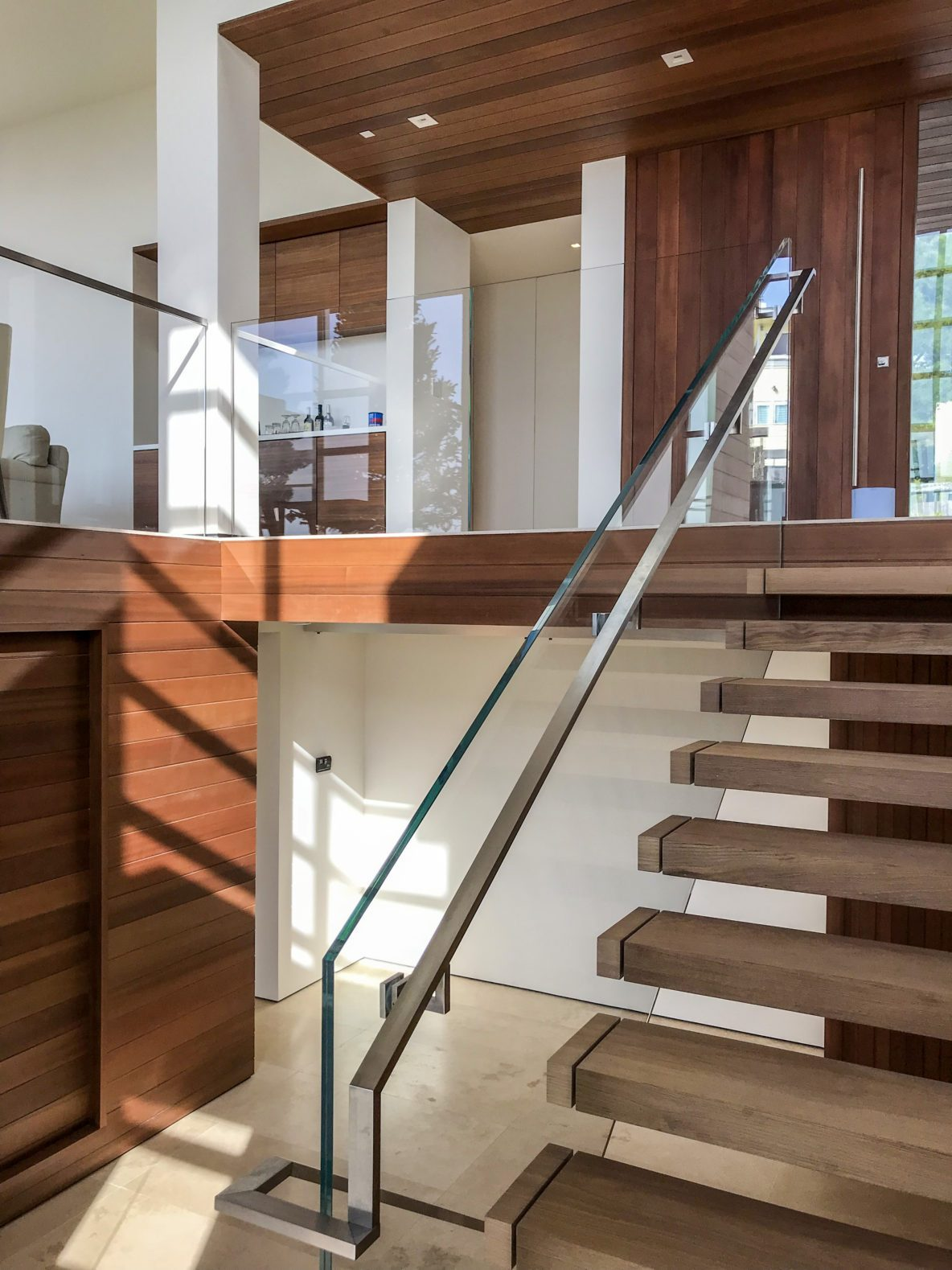 Glass Staircase Railing Alt