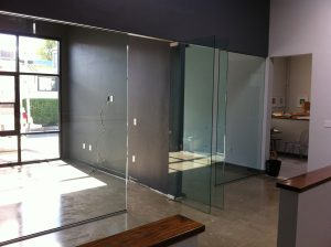 GlassConferenceOfficeRoomNovato (2)