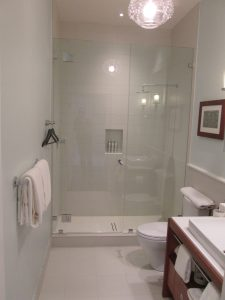 Hotel Shower Door Frameless (15)