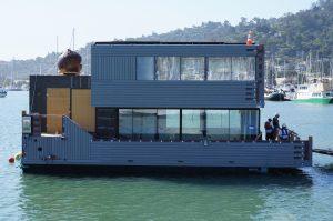 Sky-Frame SF Bay Moving into Dock