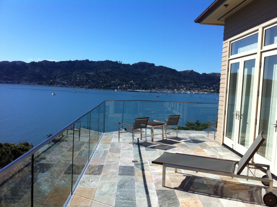 Tiburon Glass Rail